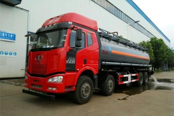 解放J6 4桥化工液体运输车